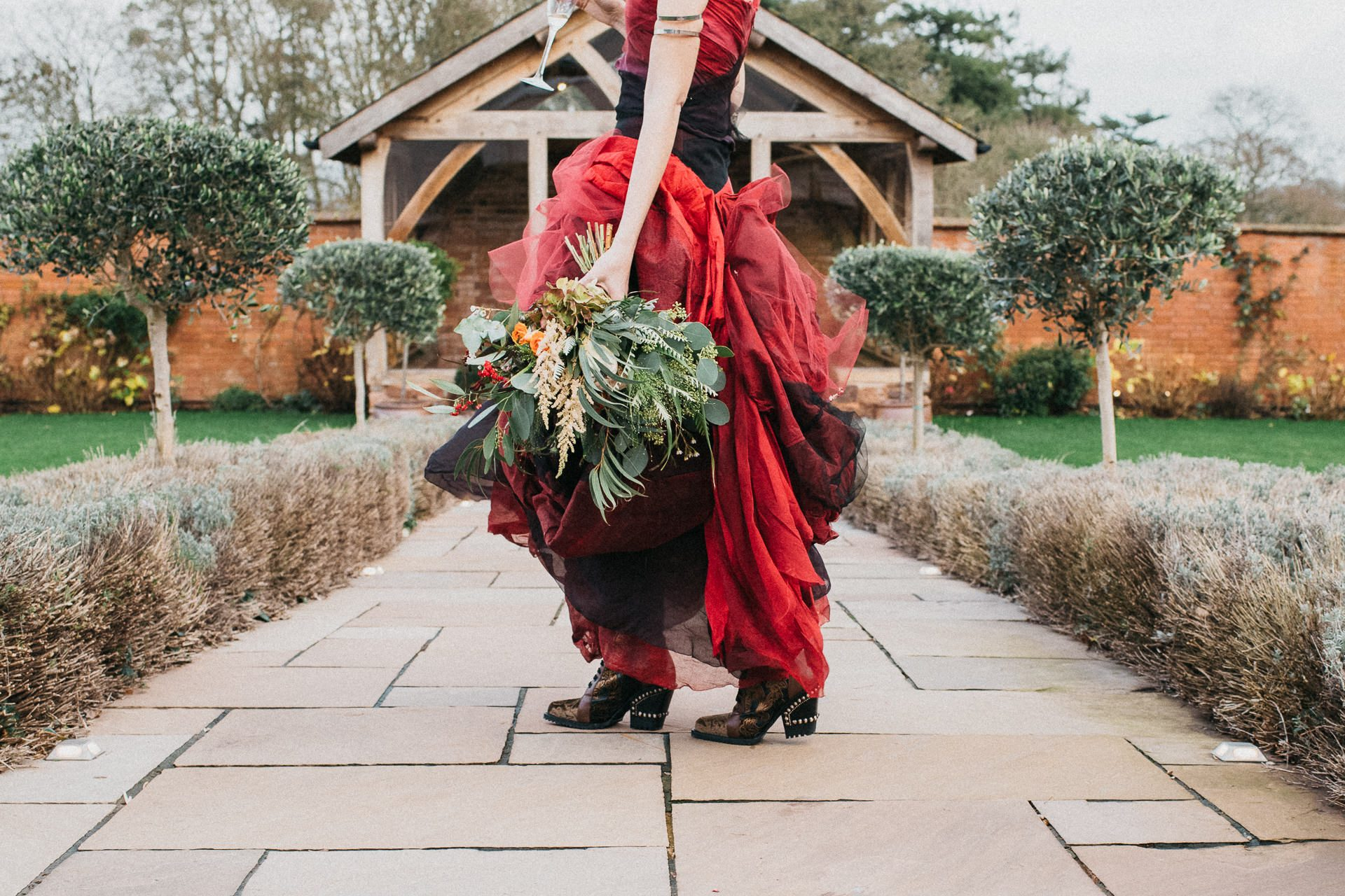 0019-DEVON-SOMERSET-WEDDING-PHOTOGRAPHER-0057-BEST-OF-2019-LOUISE-MAY-DEVON-SOMERSET-WEDDING-PHOTOGRAPHY-LM1_5722