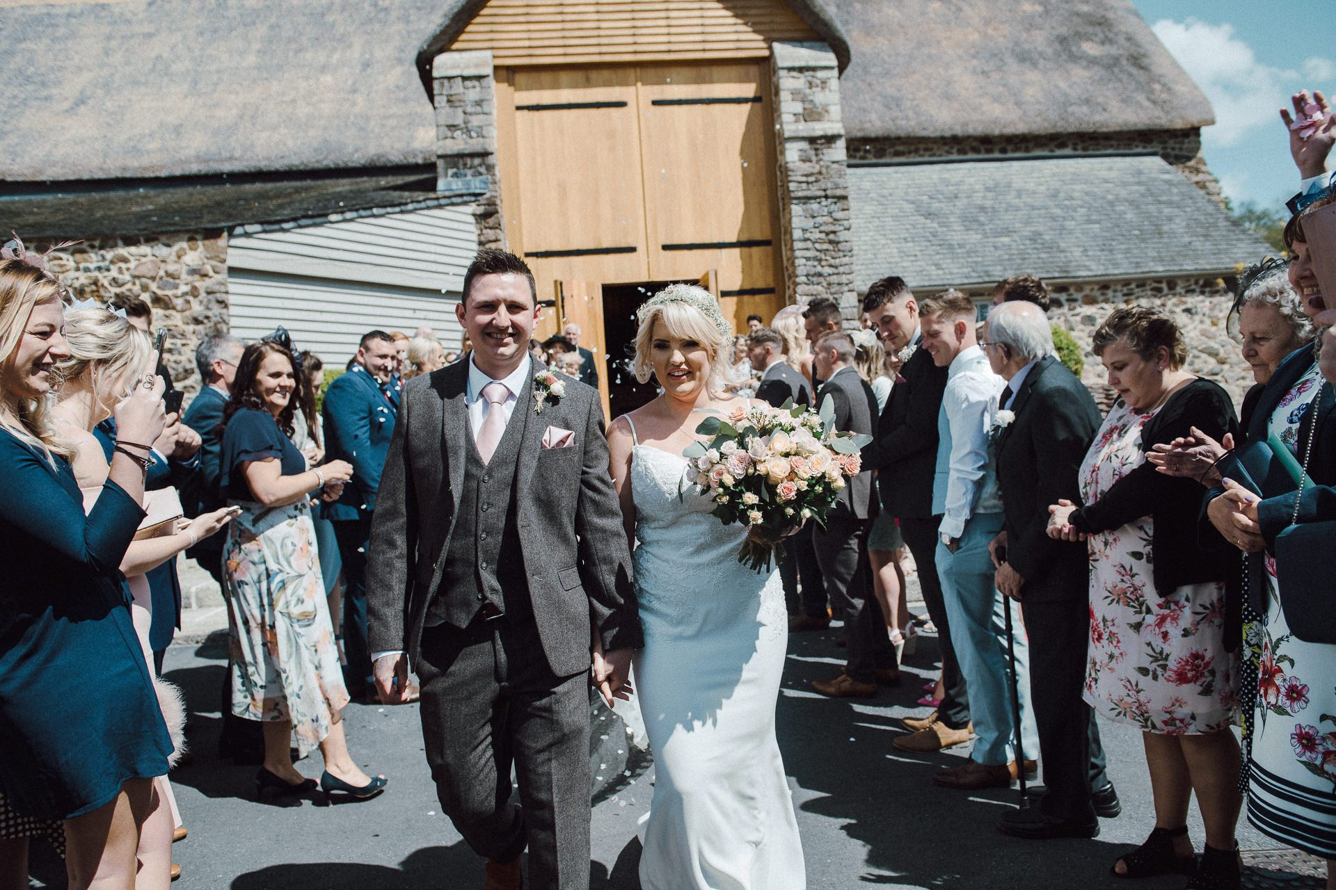 0028-DEVON-SOMERSET-WEDDING-PHOTOGRAPHER-0099-BEST-OF-2019-LOUISE-MAY-DEVON-SOMERSET-WEDDING-PHOTOGRAPHY-LM1_7101