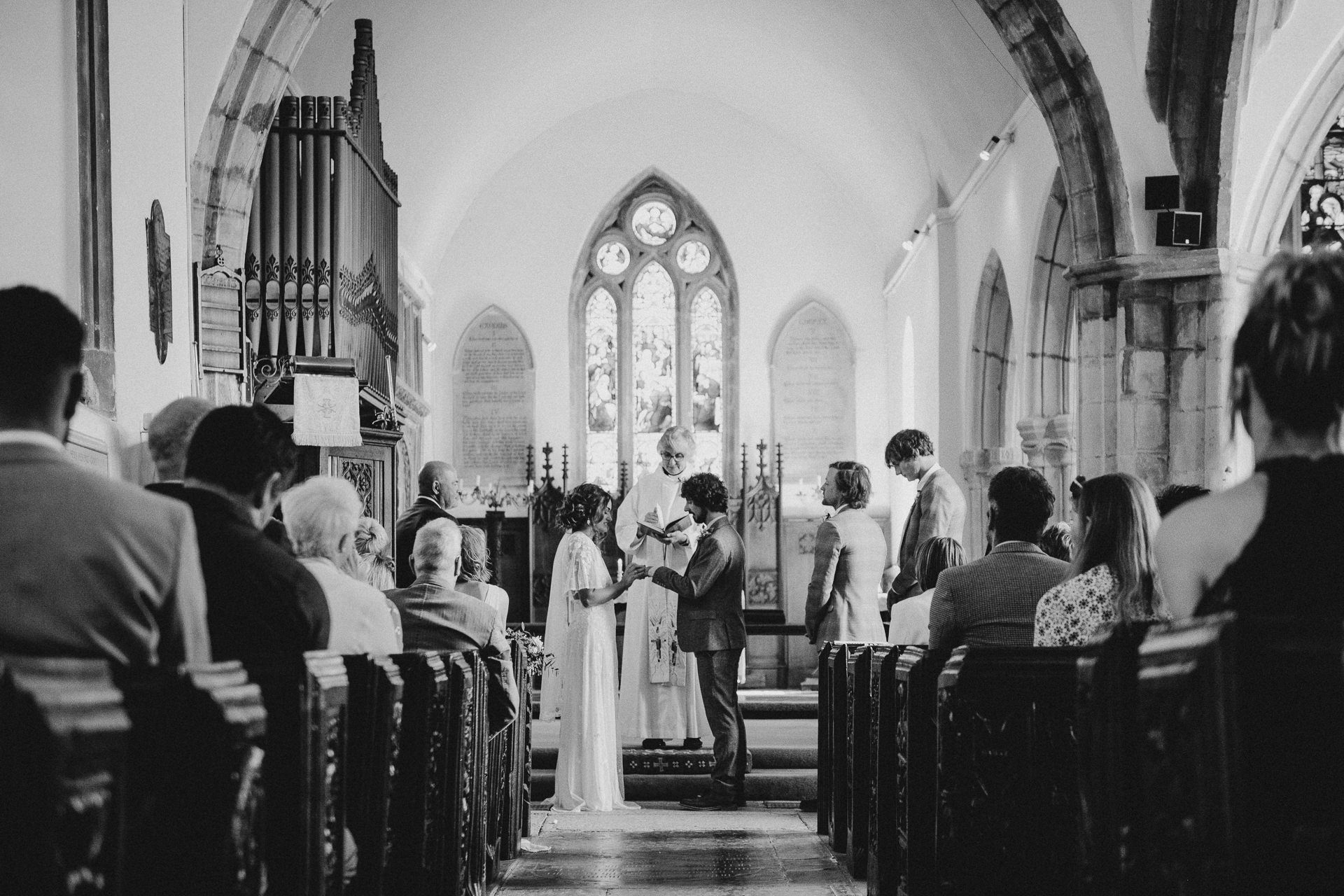 0039-DEVON-SOMERSET-WEDDING-PHOTOGRAPHER-0155-BEST-OF-2019-LOUISE-MAY-DEVON-SOMERSET-WEDDING-PHOTOGRAPHY-LM2_0830