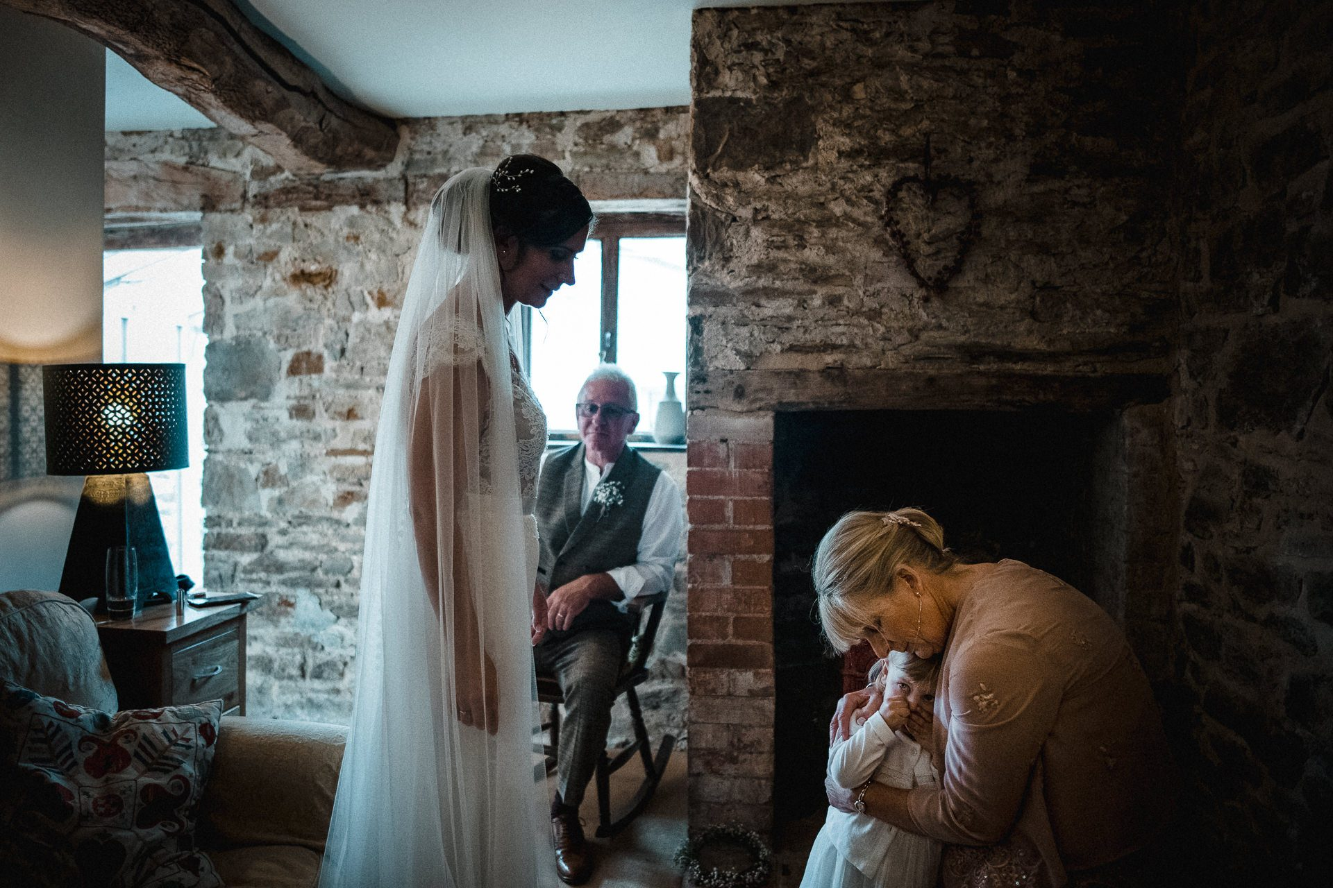 0063-DEVON-SOMERSET-WEDDING-PHOTOGRAPHER-0290-BEST-OF-2019-LOUISE-MAY-DEVON-SOMERSET-WEDDING-PHOTOGRAPHY-LM2_8586