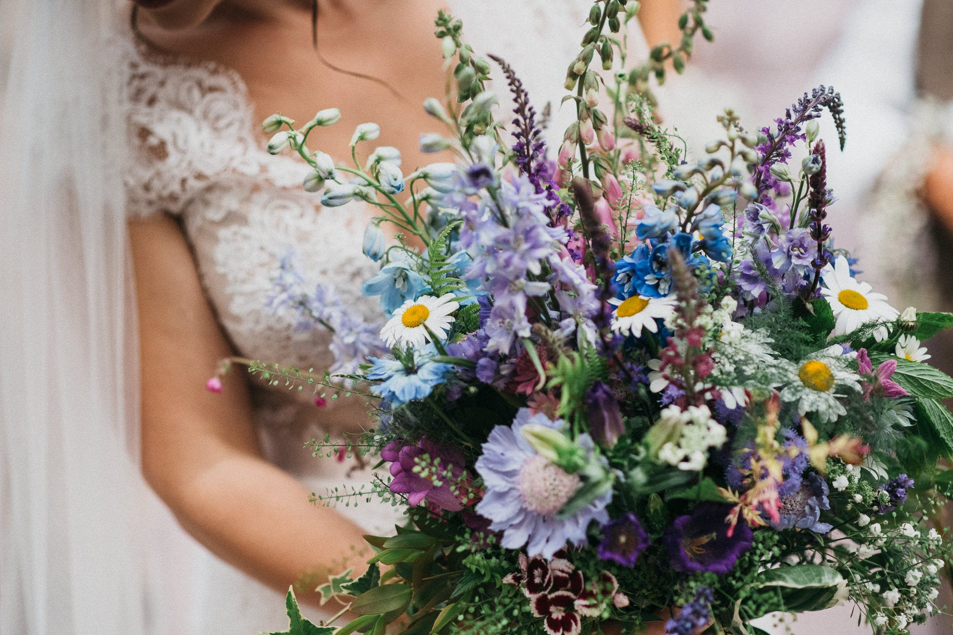 0064-DEVON-SOMERSET-WEDDING-PHOTOGRAPHER-0010-BEST-OF-2019-LOUISE-MAY-DEVON-SOMERSET-WEDDING-PHOTOGRAPHY-LM1_6568