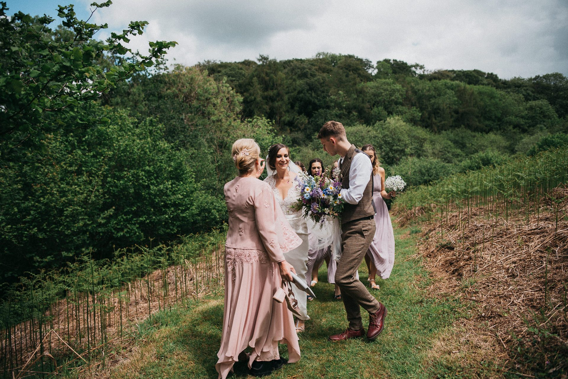 0066-DEVON-SOMERSET-WEDDING-PHOTOGRAPHER-0297-BEST-OF-2019-LOUISE-MAY-DEVON-SOMERSET-WEDDING-PHOTOGRAPHY-LM2_8804