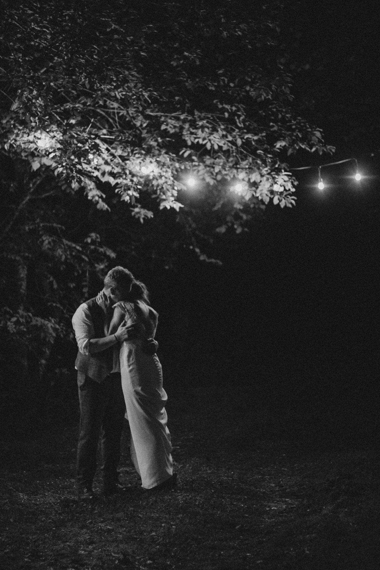 0080-DEVON-SOMERSET-WEDDING-PHOTOGRAPHER-0336-BEST-OF-2019-LOUISE-MAY-DEVON-SOMERSET-WEDDING-PHOTOGRAPHY-LM3_0184