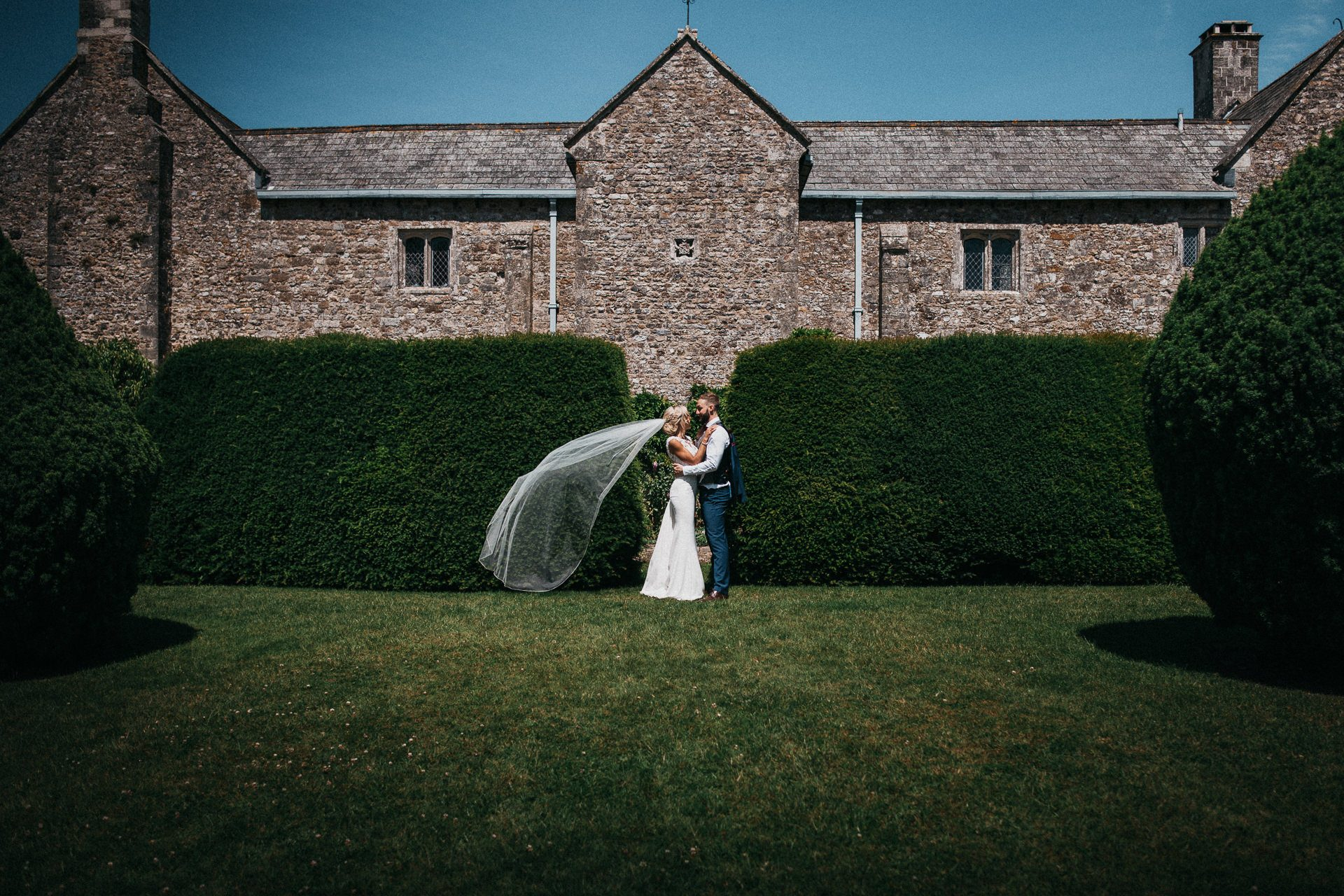 0087-DEVON-SOMERSET-WEDDING-PHOTOGRAPHER-0381-BEST-OF-2019-LOUISE-MAY-DEVON-SOMERSET-WEDDING-PHOTOGRAPHY-LM2_1556