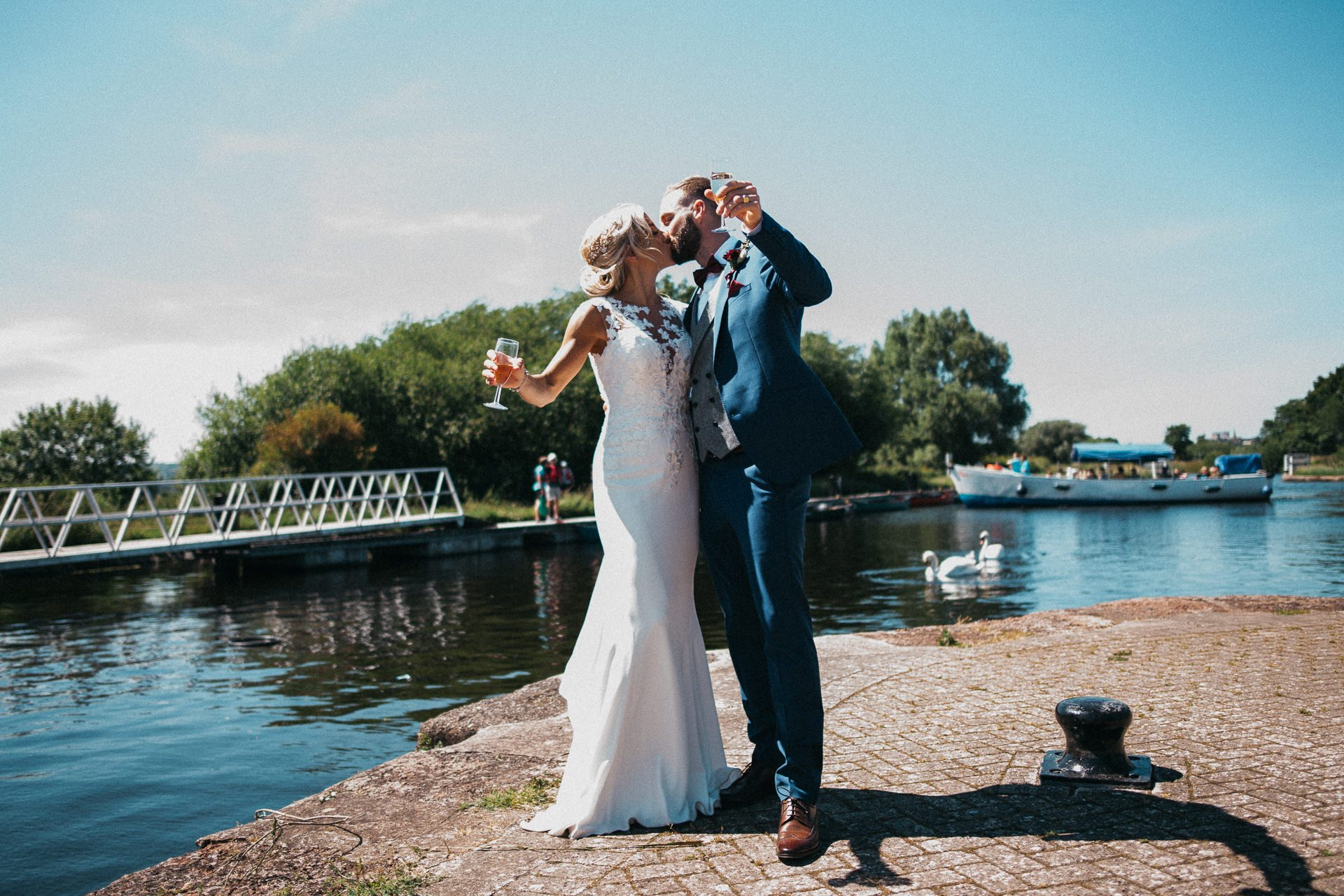 0094-DEVON-SOMERSET-WEDDING-PHOTOGRAPHER-0410-BEST-OF-2019-LOUISE-MAY-DEVON-SOMERSET-WEDDING-PHOTOGRAPHY-LM2_1898