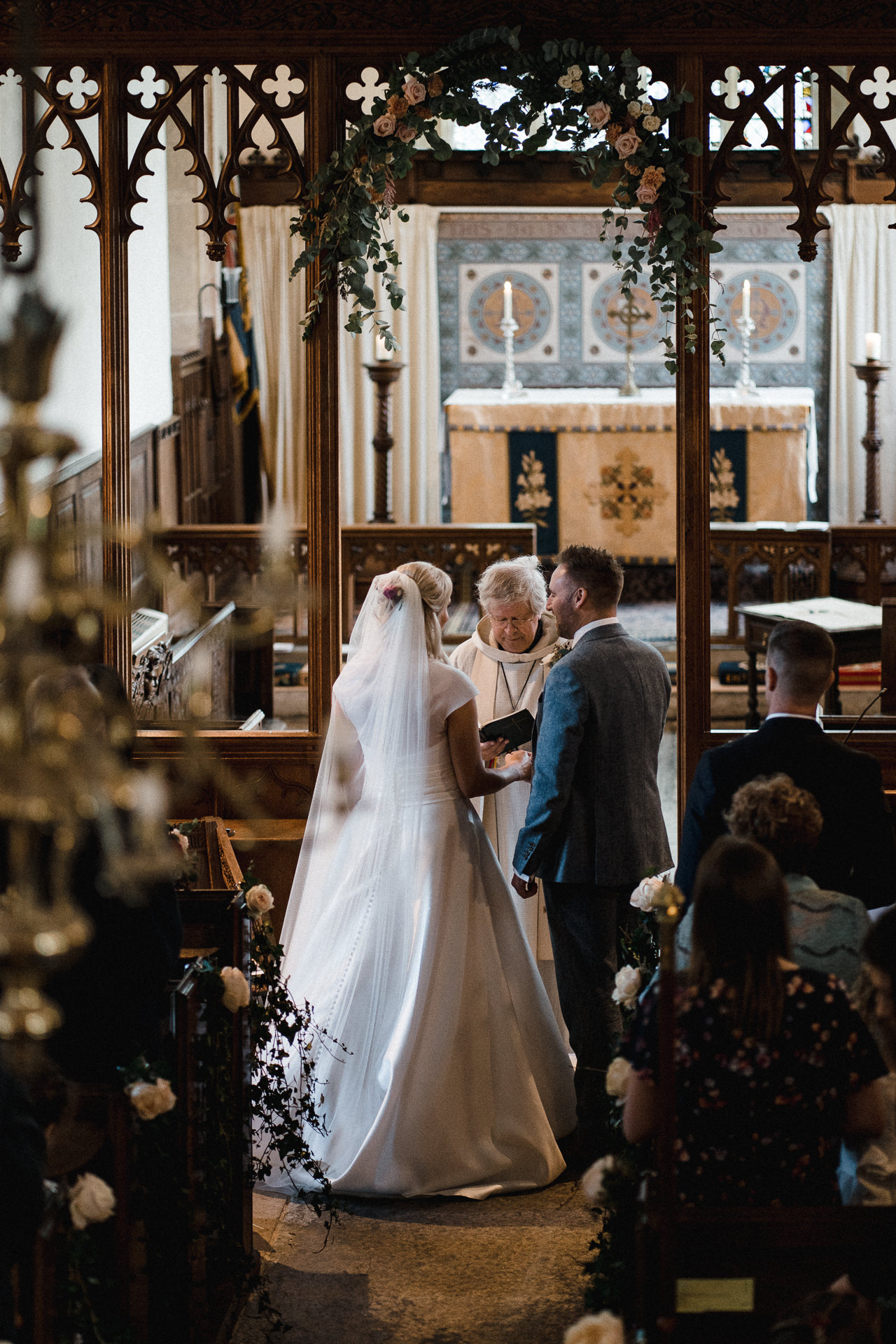0122-DEVON-SOMERSET-WEDDING-PHOTOGRAPHER-0636-BEST-OF-2019-LOUISE-MAY-DEVON-SOMERSET-WEDDING-PHOTOGRAPHY-20191019-13-22-54-LM204359