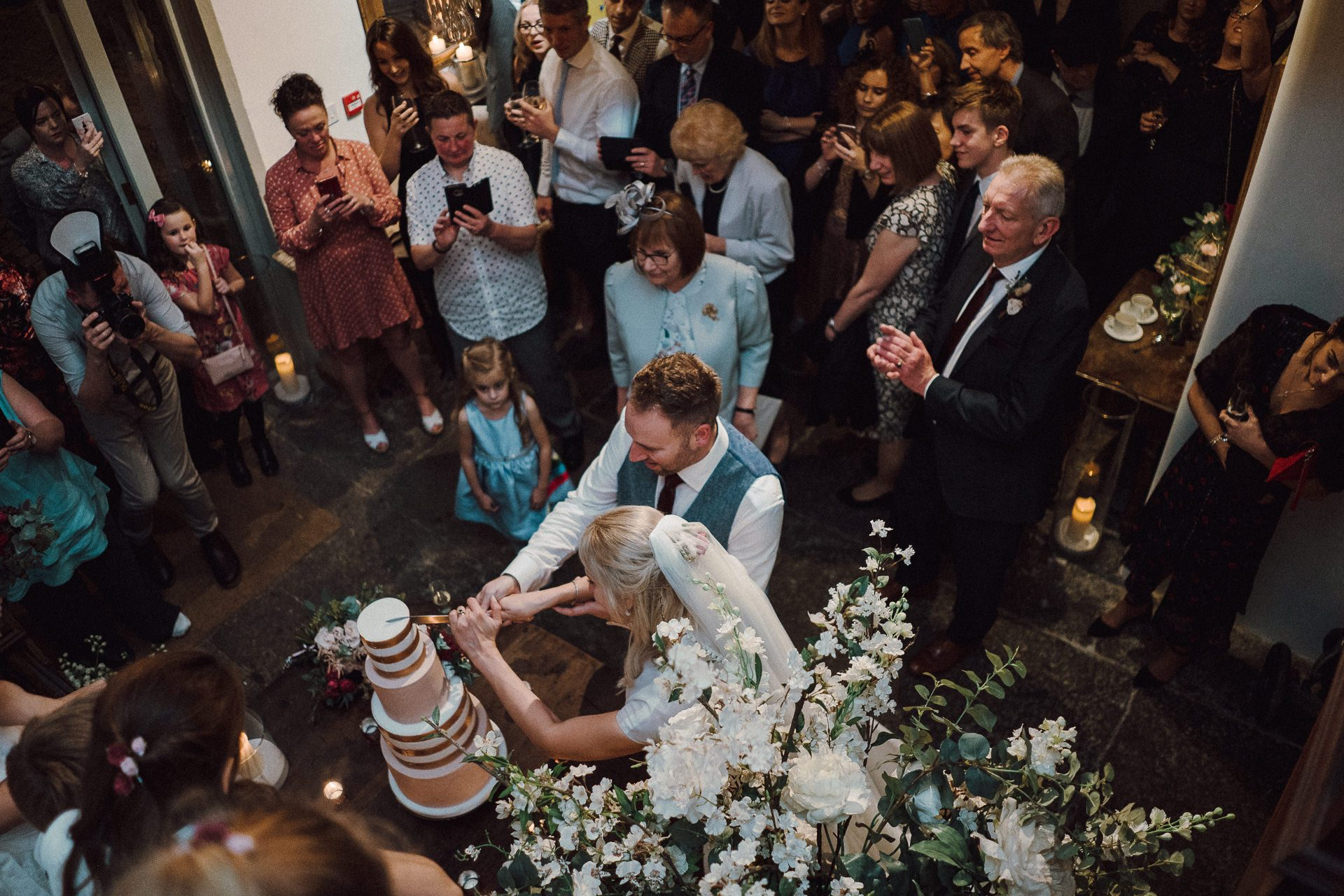 0125-DEVON-SOMERSET-WEDDING-PHOTOGRAPHER-0653-BEST-OF-2019-LOUISE-MAY-DEVON-SOMERSET-WEDDING-PHOTOGRAPHY-20191019-19-08-40-LM101973